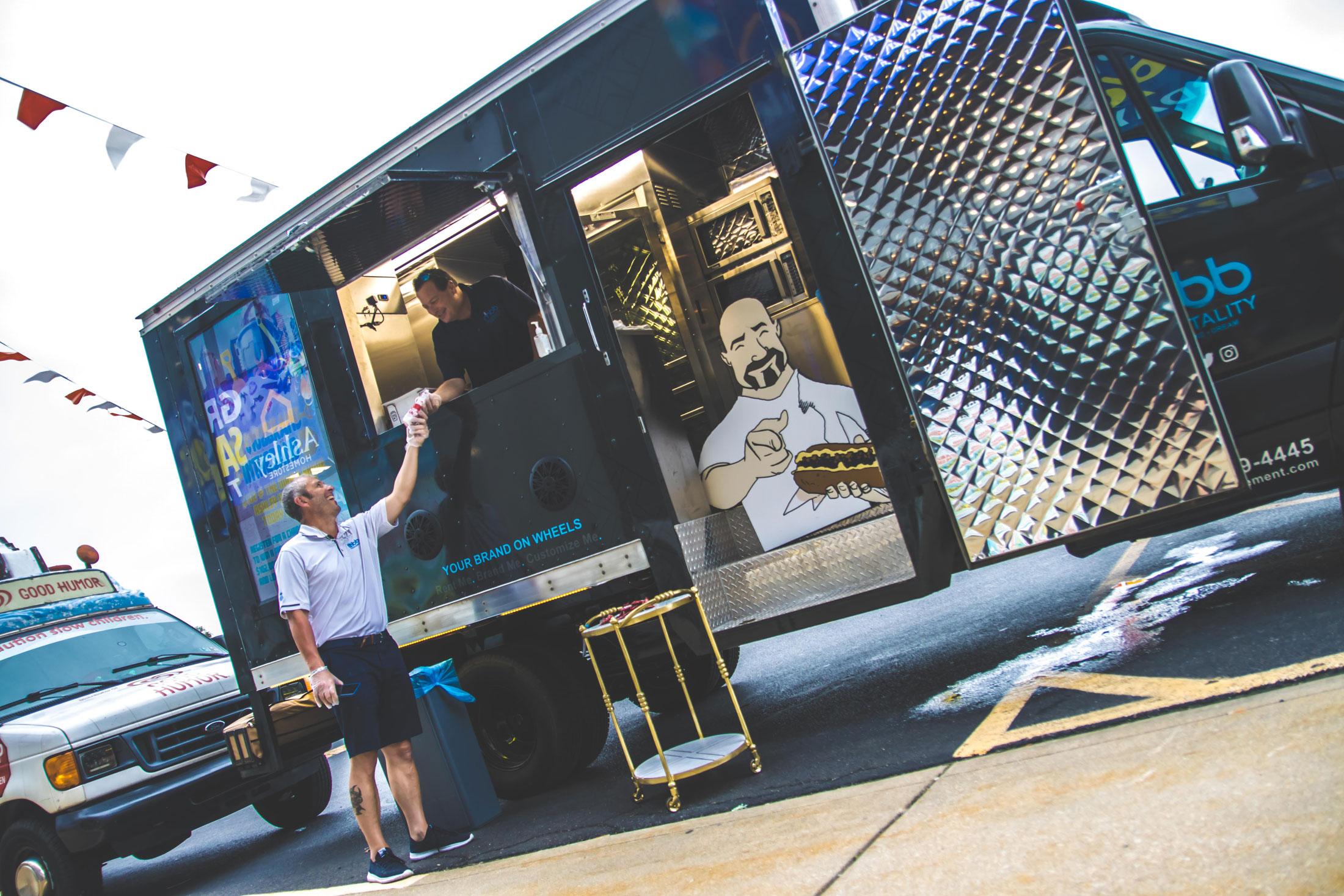 cheesesteak food truck